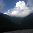 穂高を覆う積乱雲